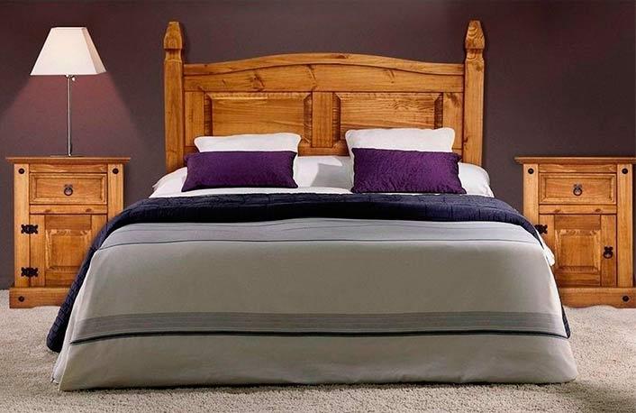 Dormitorio de madera de pino maciza y estilo rústico