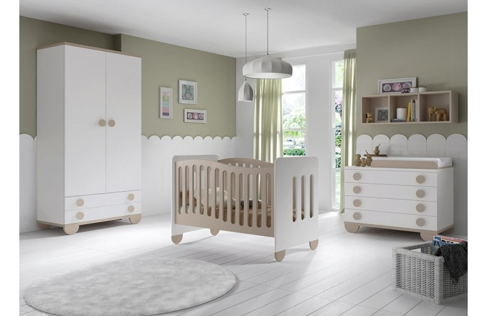 Dormitorio infantil moderno con cuna comoda y cambiador