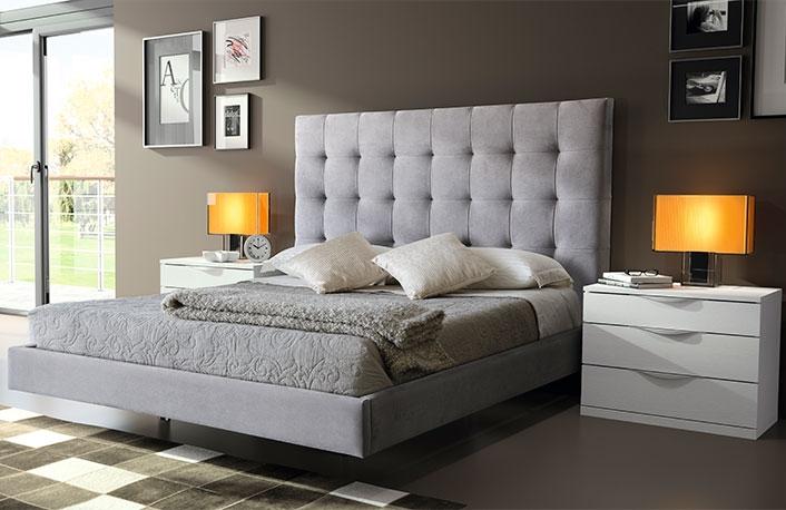 Dormitorio oferta blanco tapizado gris